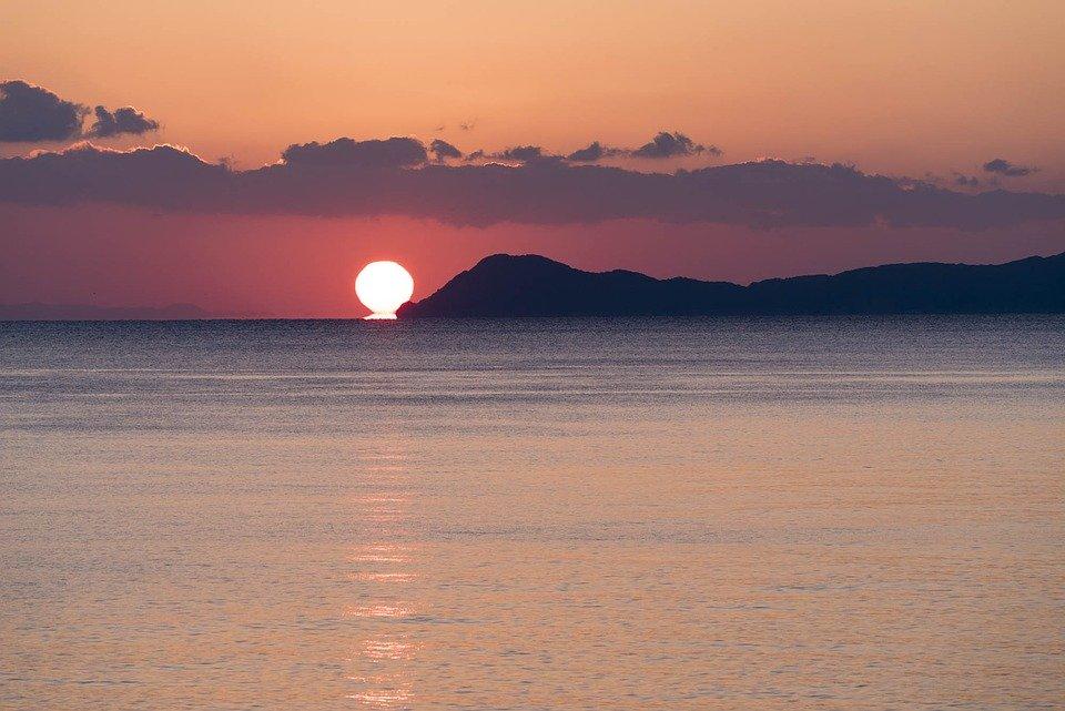 sunrise-1946872_960_720
